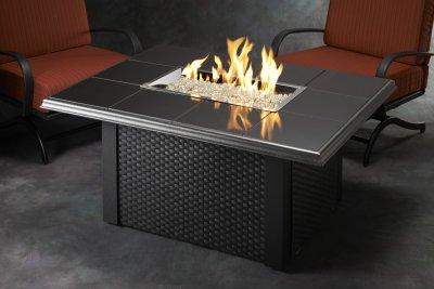 Po les et foyers keystone table de feu ext rieur haut de for Foyer exterieur montreal